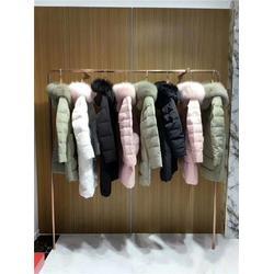 河北品牌女装、莎奴服饰女装(在线咨询)、品牌女装折扣货源图片