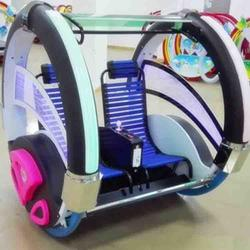 廣場情侶樂吧車?游樂場兒童電動逍遙車?兩輪平衡車太空車游樂設備圖片