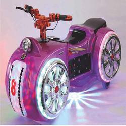 斑点狗碰碰车小摩托车广场儿童碰碰车幻影战车亲子公园游乐电瓶车图片