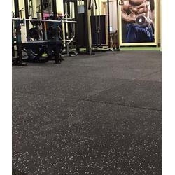 幼儿园橡胶地板-康俪娜斯橡胶厂家-幼儿园橡胶地板费用图片
