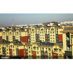 华春新能源正规厂家 学校壁挂式太阳能-壁挂式太阳能图片