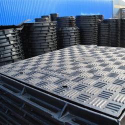 复合井盖 铸铁井盖市政井盖生产厂家图片