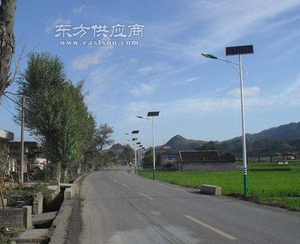 6米太阳能路灯-合肥保利(在线咨询)合肥太阳能路灯图片
