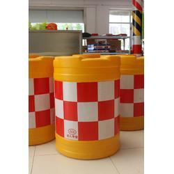 青岛塑料交通防撞桶、日照国越交通、塑料交通防撞桶图片