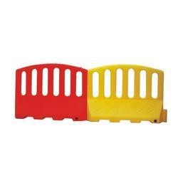 塑料防撞围栏厂家、盐城塑料防撞围栏、国越交通