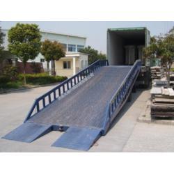 载重10吨集装箱叉车平台 叉车装卸货登车桥 移动式装卸台图片