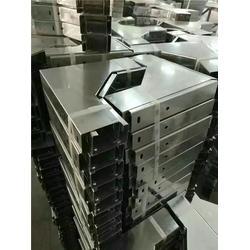 惠州镀锌线槽_镀锌线槽工地_八达通线管桥架(推荐商家)图片