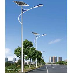 桂林太阳能路灯供应商-信诺灯饰厂家直销图片