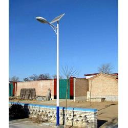10米太陽能路燈供應商-信諾燈飾優質服務-周口太陽能路燈圖片