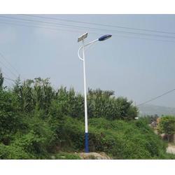 太阳能路灯制造厂_西安太阳能路灯_信诺灯饰专业快速(查看)图片