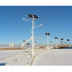 北京40w太陽能路燈廠家規格齊全-信諾燈飾圖片
