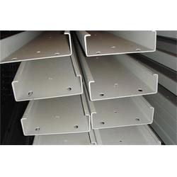 镀锌C型钢,天津镀锌C型钢, 天津市恒鑫压型板图片