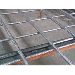 钢筋网片、冷轧带肋钢筋网片标准、利利网栏网片图片
