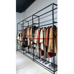 韩版范女装大衣货源哪里有艾薇萱品牌折扣图片