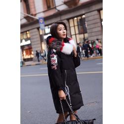 雪罗拉女装尾货市场图片