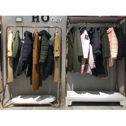 卡拉贝斯品牌女装折扣市场一手货源图片