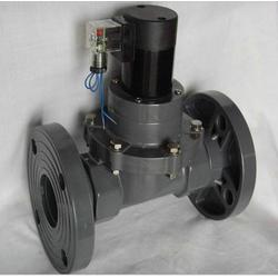 UPVC法兰电磁阀 塑料电磁阀图片