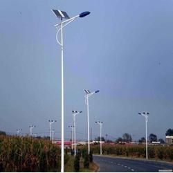 9M太阳能路灯-日照9M太阳能路灯-扬州强大光电科技(查看)图片