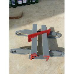 大型桥梁伸缩缝工程使用材料图片