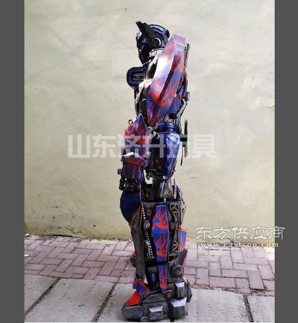 湛江人穿变形金刚变形diy,济升玩具品牌厂家图片