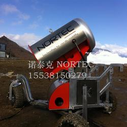 造雪机厂家助力冰雪运动 炮式造雪机出雪量大图片