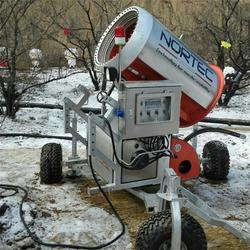 旱雪滑道厂家介绍建设旱雪场彩虹滑道需要哪几个部分图片