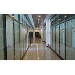 福州玻璃隔断尺寸、福州玻璃隔断、福州旭日兴装饰公司图片