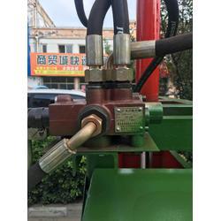 保丰牌通用型液压打包机规格型号 秸秆 牧草青饲料压缩打包机图片
