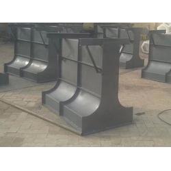 混凝土隔离墩模具出厂-南京混凝土隔离墩模具-盖板模具厂家图片