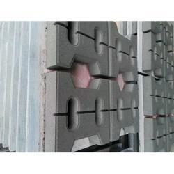 六边形草坪砖厂家、广州六边形草坪砖、弘通建材(查看)图片