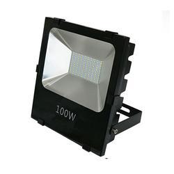 篮球场led投射灯价钱-篮球场led投射灯-七度-品?#26102;?#38556;图片