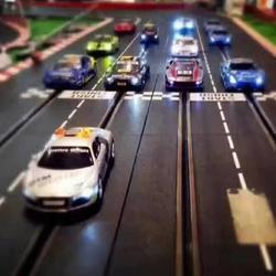 轨道赛车和路轨赛车是同一游乐项目吗,有什么区别图片