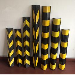 橡胶护角厂家 防撞条 停车场反光条 护墙角厂家 PE护墙胶图片