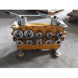 470型彩钢瓦电动锁边咬口机图片
