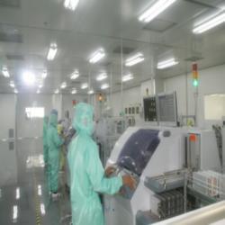 OLED液晶显示模组净化车间图片