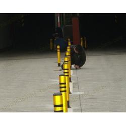 交通設施固定路樁 鐵質隔離樁 鋼管警示柱圖片