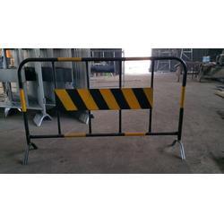 南山交通护栏出售 南山铁马护栏厂家图片