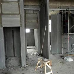腾华建材-隔墙板施工现场-水泥围墙直销图片