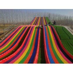 彩虹滑道厂家制造-旱雪滑道图片