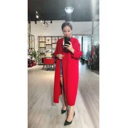 找双面羊绒大衣到鑫晟恒艾薇萱品牌女装折扣一手货源渠道图片