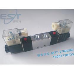 4V320-08双线圈气动双头电磁阀图片