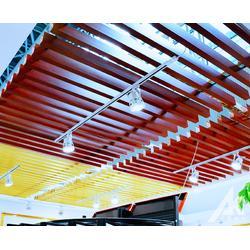 木纹铝方通吊顶厂家直销图片