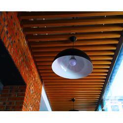 优质木纹铝方通吊顶图片