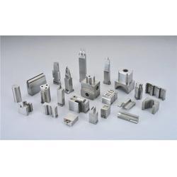 厦门连接器模具零件-金盘模具正规厂家-连接器模具零件加工图片