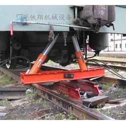 地铁轨排支撑架安装图片