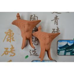康砖秀-云南工艺品-红色酒樽-云南青瓦图片