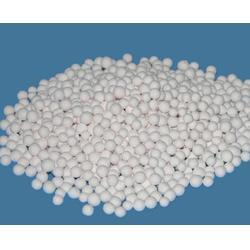 翁源县活性氧化铝球-中润净水-空压机用活性氧化铝球图片