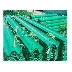 护栏板厂家:喷塑护栏板比普通护栏板高出多少图片