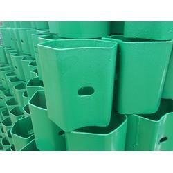 护栏板厂家:详解护栏板防阻块与托架的规格图片