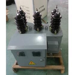 JLSZW-10KV整体干式铁桶计量箱带表箱带支架图片